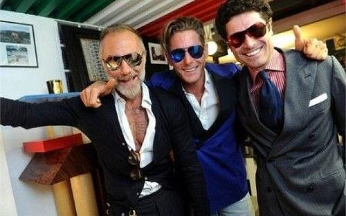 By: Hot Gossip Italia